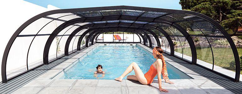 la pose d un abri de piscine 1 avec abri de piscine. Black Bedroom Furniture Sets. Home Design Ideas