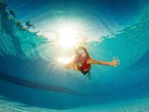 10 exercices pour apprendre à nager à votre enfant