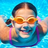 10 façons de faire aimer la natation à votre enfant