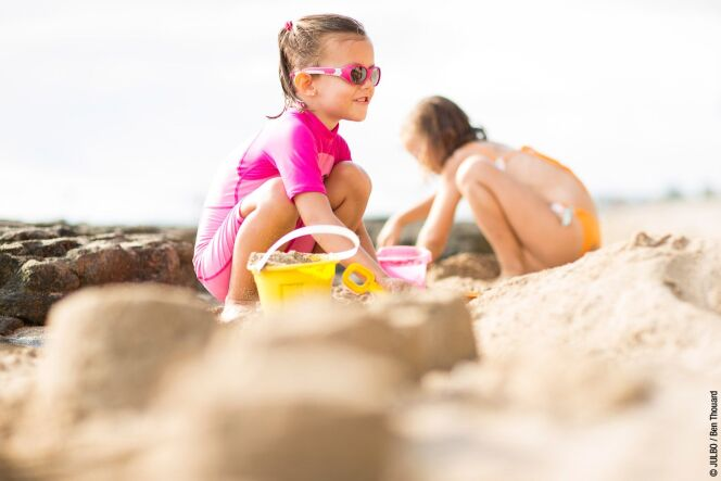 """10 jeux de plage pour les enfants<span class=""""normal italic petit"""">DR</span>"""