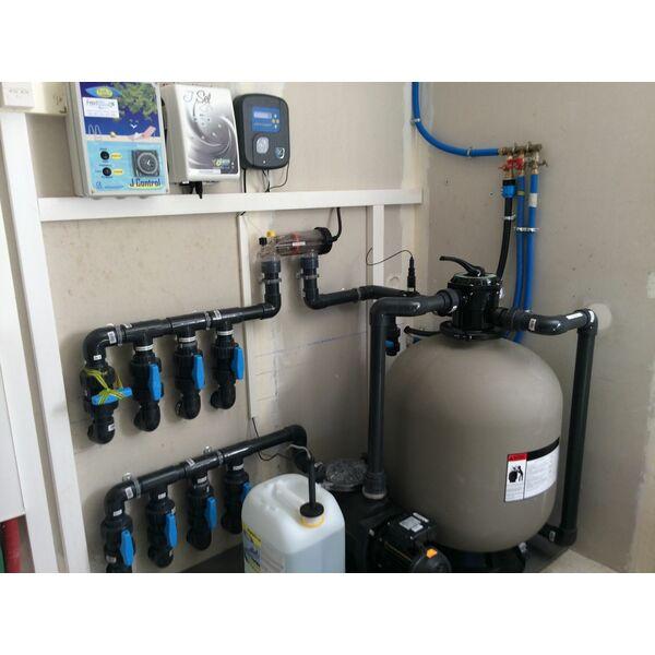 Traitement eau piscine solutions de traitement eau - Traitement eau de piscine ...