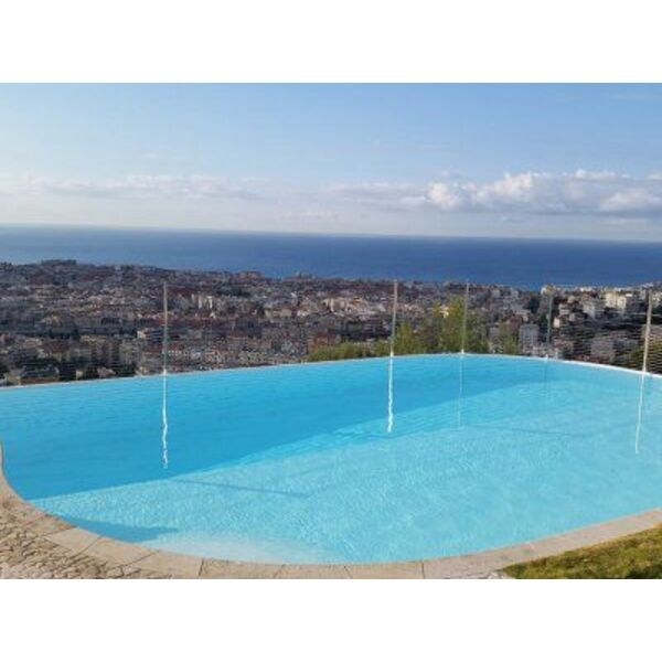 Saint paul piscines cagnes sur mer pisciniste alpes for Piscine coque alpes maritimes