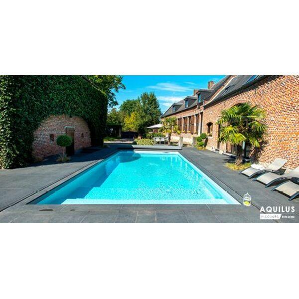Piscine design ext rieur aquilus piscines et spa for Piscine 59