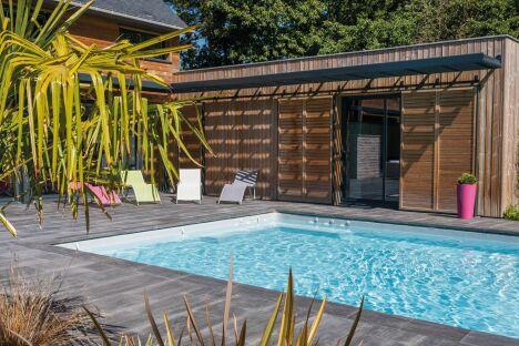 Piscine les bassins de fayolles savign pisciniste for Piscine de vienne