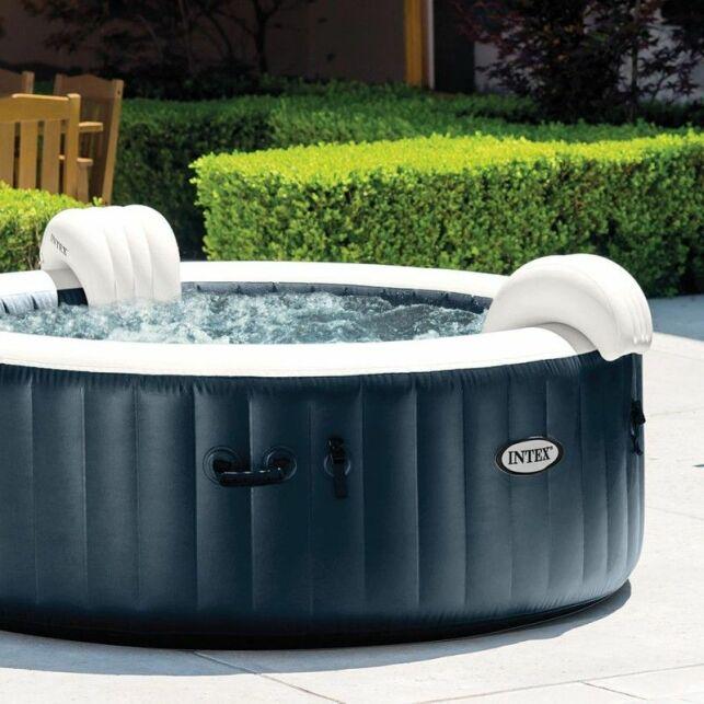 Découvrez les joies d'un spa chauffant et lumineux avec le PureSpa Bulles & LED