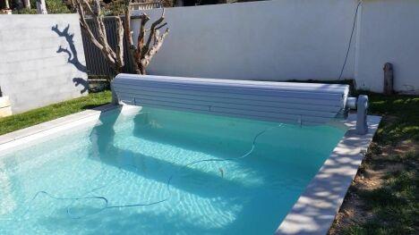 Ouverture de piscine avec volet roulant