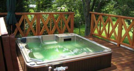 La couverture isolante préserve la qualité de l'eau.