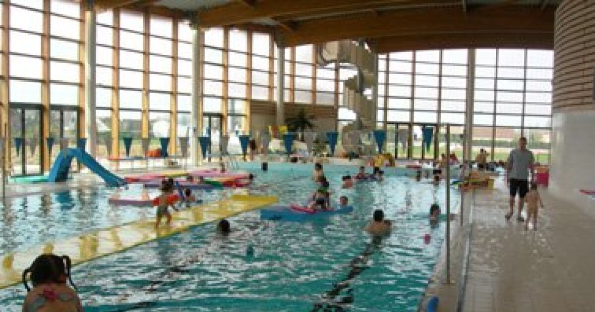 Centre nautique aqualude piscine nangis horaires for Club piscine terrebonne gascon