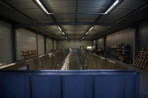 Fabrication d'une piscine de 20,00 x 3,00 M à débordement