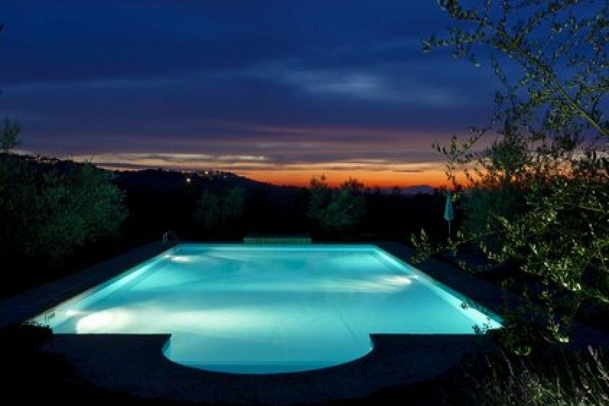 Eclairage Led Autour Piscine l'éclairage led pour piscine - guide-piscine.fr