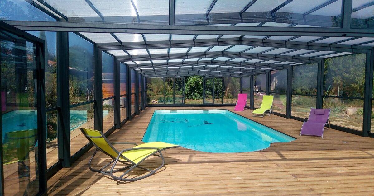 piscine abris d 39 albret bourg pisciniste gironde 33. Black Bedroom Furniture Sets. Home Design Ideas