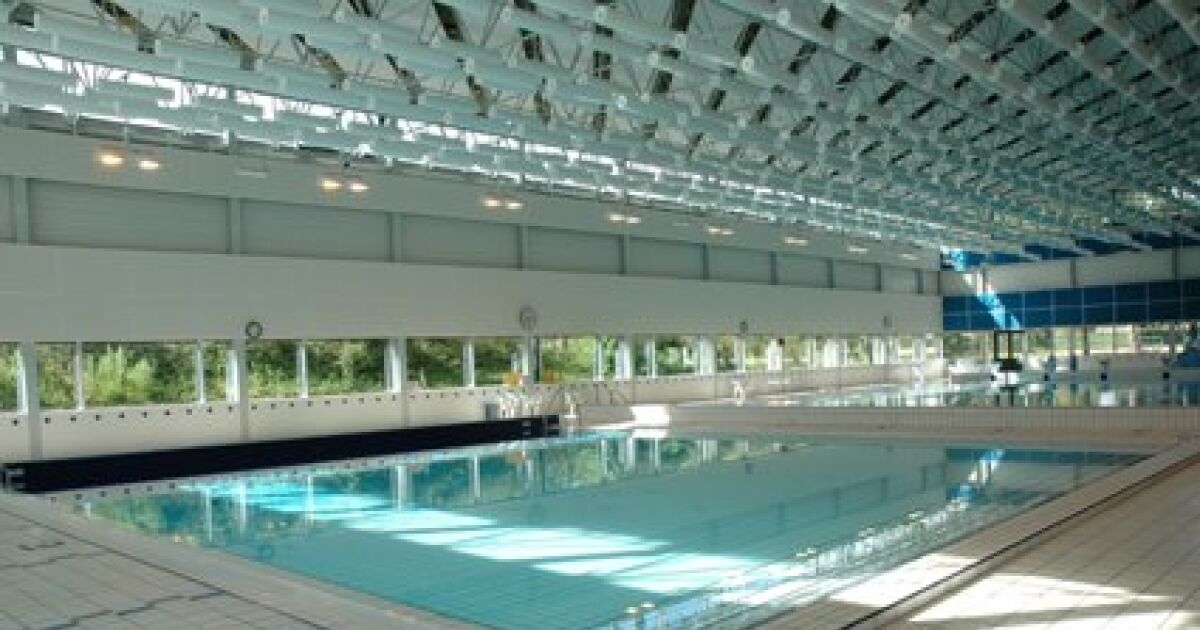 Avis et commentaires piscine saint nicolas laval for Piscine de saint avold