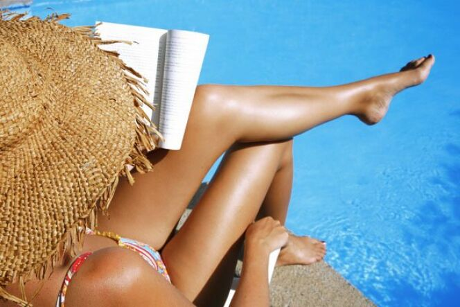 """Protéger sa peau et ses cheveux à la piscine<span class=""""normal italic petit"""">DR</span>"""