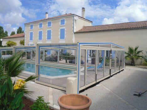 Abris de piscines - Fabrication française - Livraisons et poses sur tout le territoire .