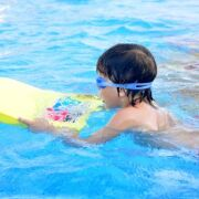 De a z apprentissage natation conseils et techniques for Piscine pour apprendre a nager