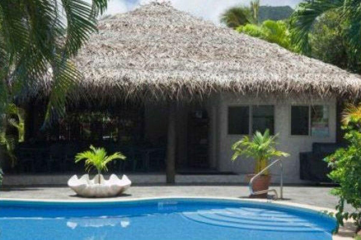 Construire Un Pool House a quoi sert un pool house d'une piscine ? - guide-piscine.fr
