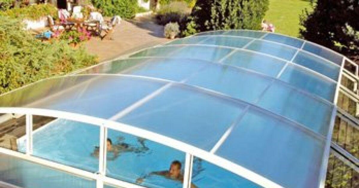 abri de piscine coulissant haut de gamme brio abrid al. Black Bedroom Furniture Sets. Home Design Ideas