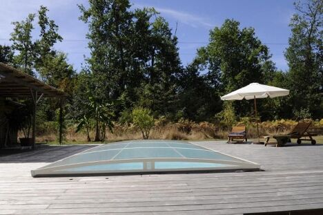 "Abri de piscine amovible Primo version ""roman bas"" Abridéal<span class=""normal italic petit"">© Abridéal</span>"
