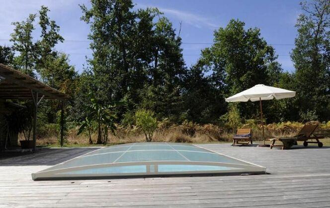 "Abri de piscine amovible Primo version ""roman bas"" Abridéal © Abridéal"