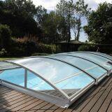 L'abri de piscine en aluminium : une solution esthétique et économique