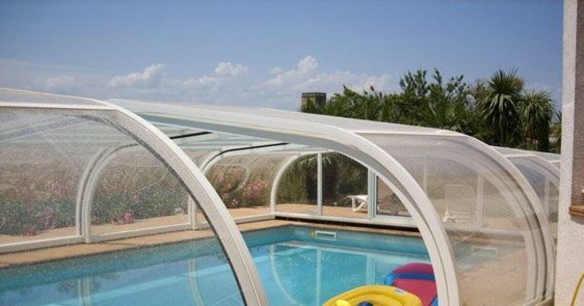 galerie photos d 39 abris de piscine hauts abri de piscine en aluminium sun abri photo 6. Black Bedroom Furniture Sets. Home Design Ideas