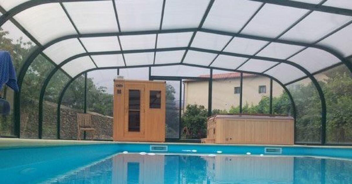 Galerie photos d 39 abris de piscine hauts abri de piscine for Piscine 1m de hauteur