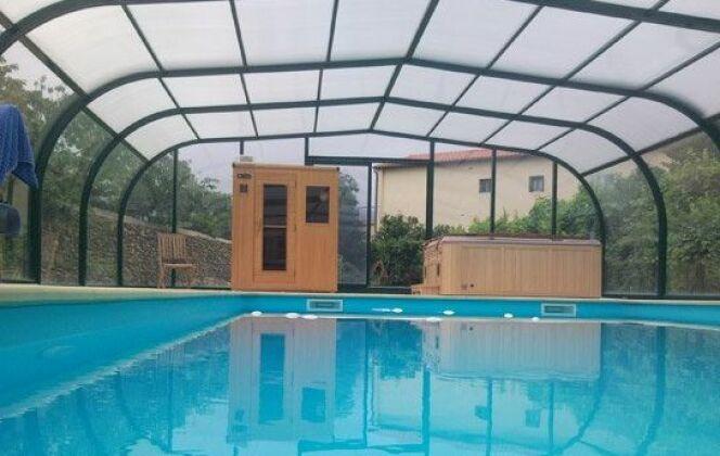 Abri de piscine haut en aluminium Sun Abris © Sun Abris