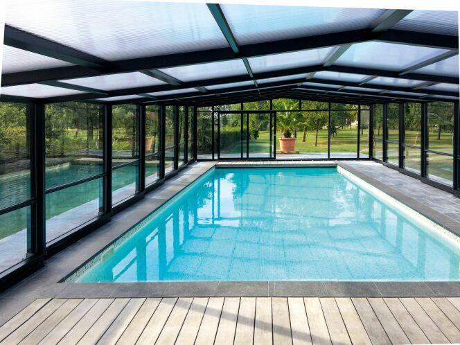 Abri de piscine haut adossé 3 angles Maestro - Télescopique