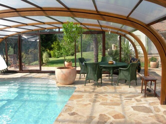 galerie photos d 39 abris de piscine hauts abri de piscine haut en bois sun abris photo 5. Black Bedroom Furniture Sets. Home Design Ideas