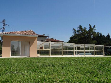 """Abri de piscine haut Octavia<span class=""""normal italic petit"""">© Octavia</span>"""
