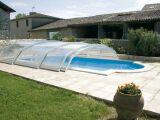 Un abri de piscine semi coulissant ou télescopique ? Faire le bon choix