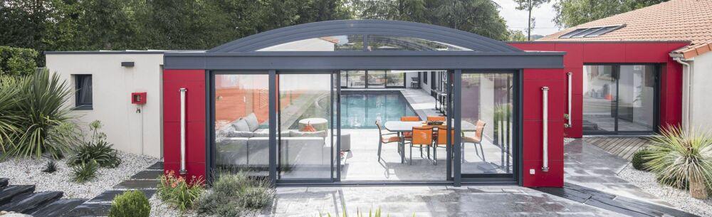 Abri de piscine UP : confort et plaisir toute l'année© Concept Alu