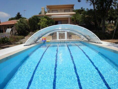 abri modèle roma piscine de nage couloir