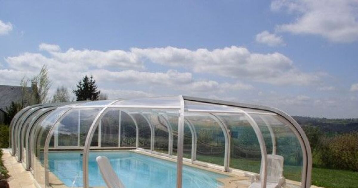 reportage photos abris de piscines en aluminium abri de piscine en aluminium sun abri photo 4. Black Bedroom Furniture Sets. Home Design Ideas