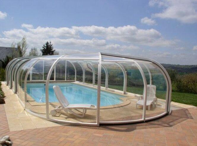 reportage photos abris de piscines en aluminium abri. Black Bedroom Furniture Sets. Home Design Ideas