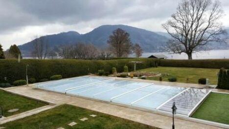 Abri de piscine télescopique plat couleur blanc