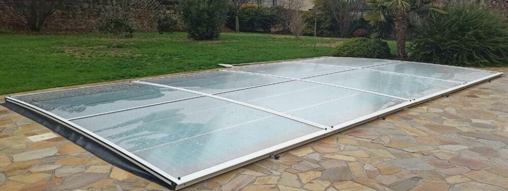 Abris de France présente son nouvel abri de piscine extra-plat© Abris de France