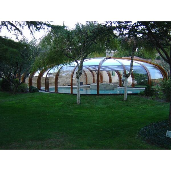 abri de piscine haut en bois sun abris. Black Bedroom Furniture Sets. Home Design Ideas