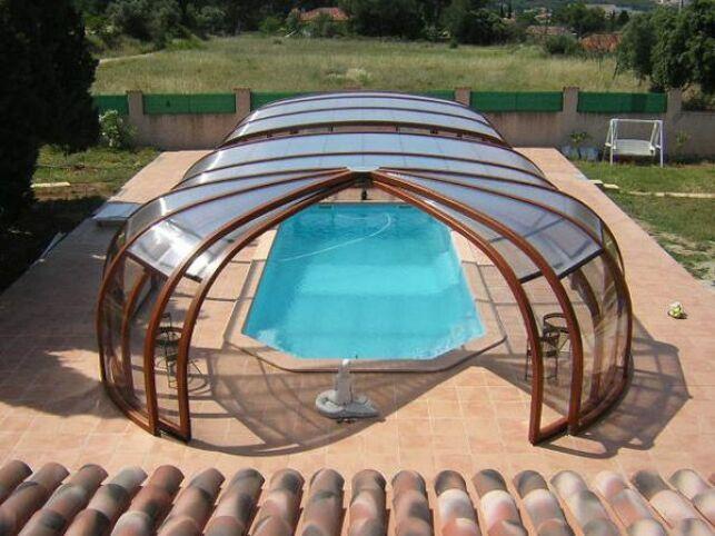 Abris de piscine haut rotonde en bois Sun Abris