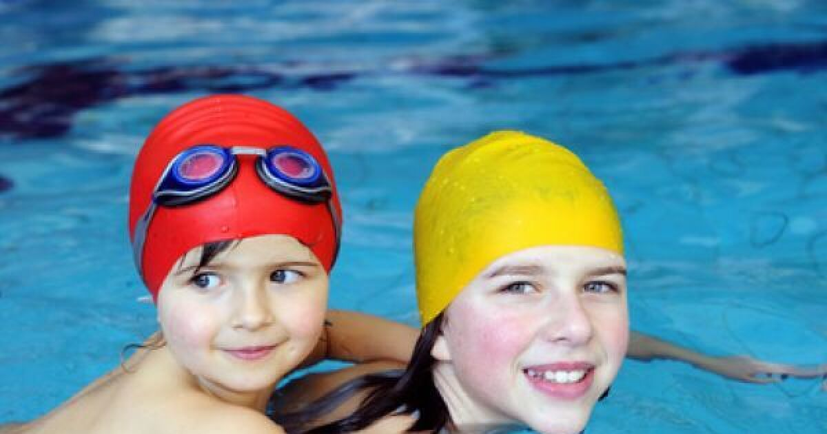 Accessoires pour b b s et enfants brassards bou es for Bebe dans piscine
