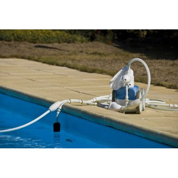 acheter un robot de piscine discount. Black Bedroom Furniture Sets. Home Design Ideas