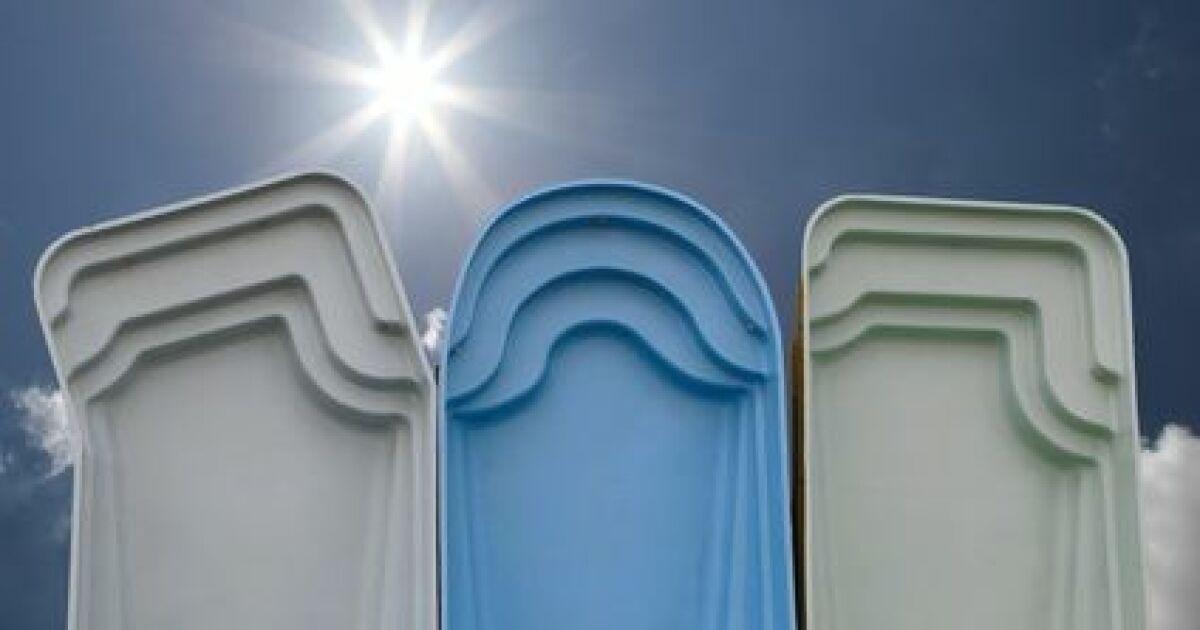 acheter une piscine coque pas cher piscine coque petit prix. Black Bedroom Furniture Sets. Home Design Ideas