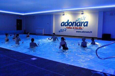 "Adonara à Thionville<span class=""normal italic petit"">© Adonara</span>"