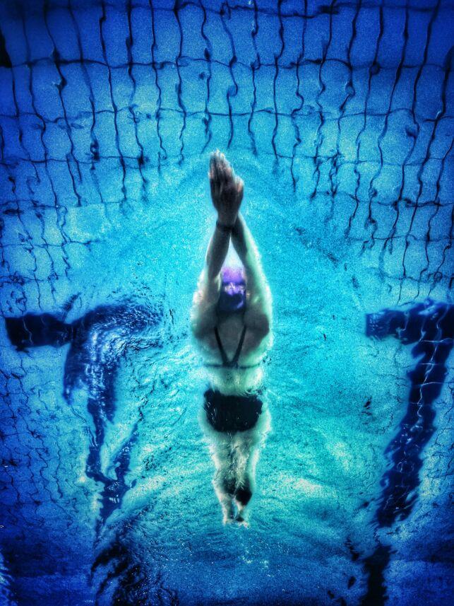 Affiner son tour de taille en faisant de la natation