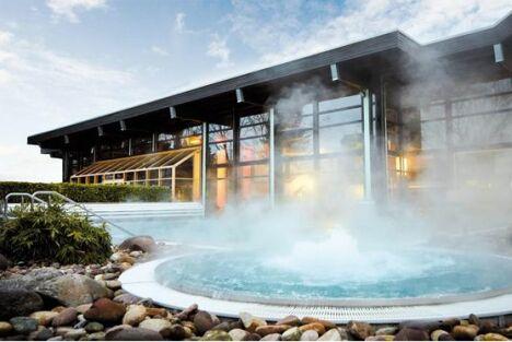 """La piscine extérieure chauffée d'Albtherme à Waldbronn<span class=""""normal italic petit"""">DR</span>"""