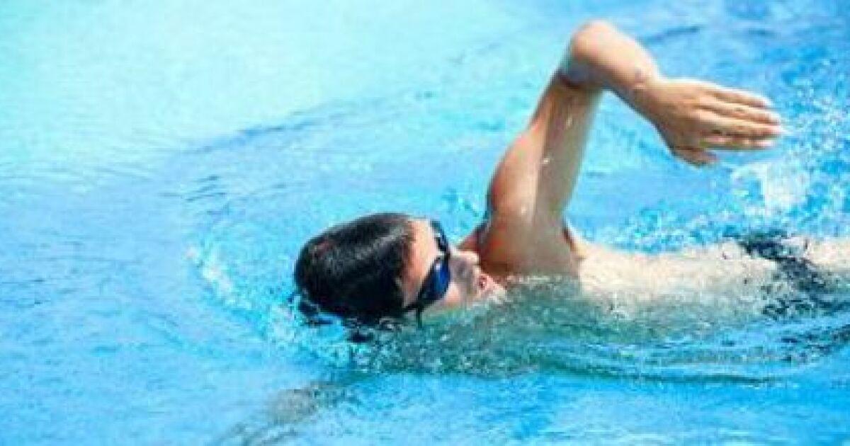 Le traitement des fractures compliquées de lépine dorsale