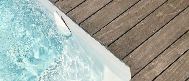 consultez les param tres de votre piscine en temps r el. Black Bedroom Furniture Sets. Home Design Ideas
