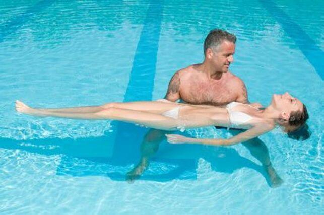 Apprendre à flotter dans l'eau