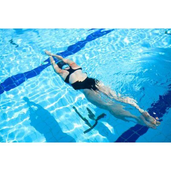 Apprendre ma triser le virage en natation for Piscine la fleche