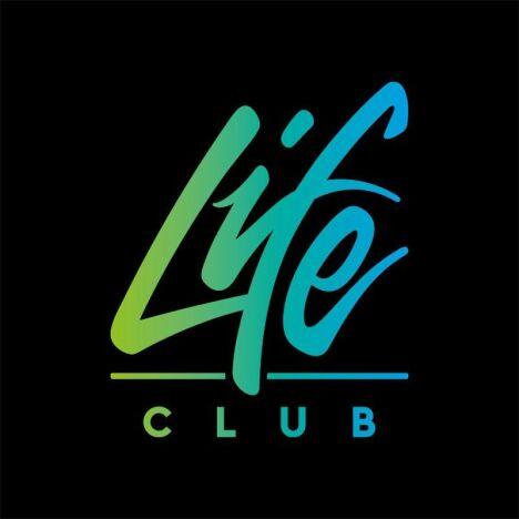 "Aquabike Lifeclub à Avignon<span class=""normal italic petit"">DR</span>"